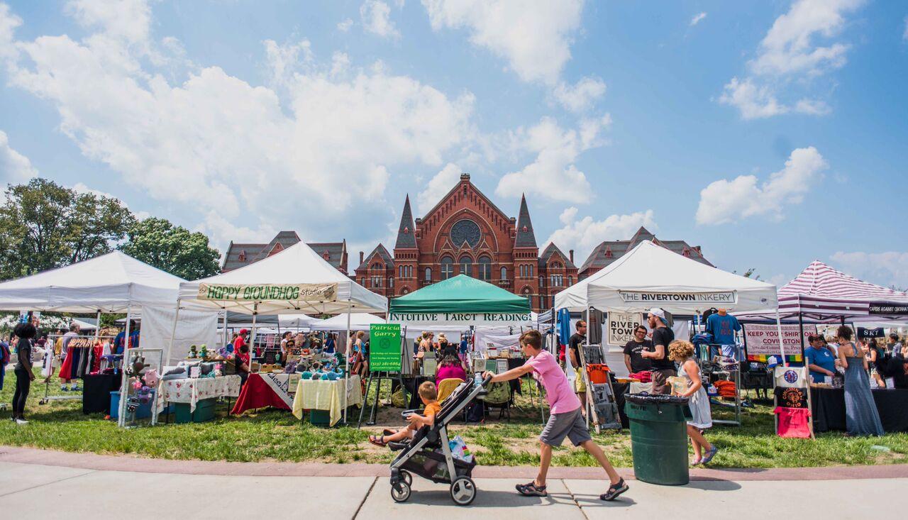 Cincinnati flea market outside music hall